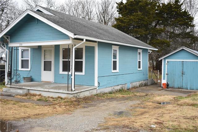 130 Parker Street, Osawatomie, KS 66064 (#2140475) :: No Borders Real Estate