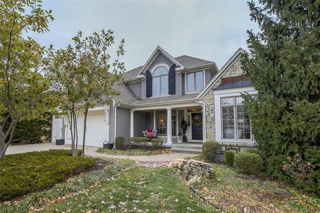 2712 W 132nd Street, Leawood, KS 66209 (#2140587) :: No Borders Real Estate