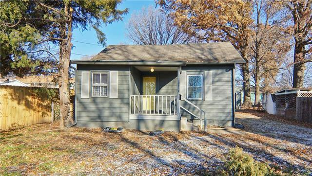 10812 E 19th Street, Independence, MO 64052 (#2140689) :: Ask Cathy Marketing Group, LLC