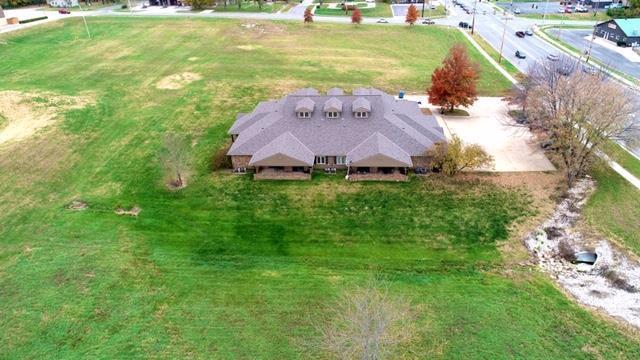 105 E Amity Street, Louisburg, KS 66053 (#2140827) :: Kansas City Homes