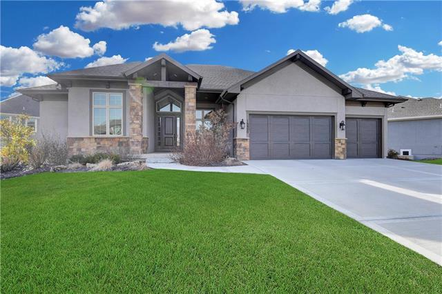 16800 Stearns Street, Overland Park, KS 66221 (#2140871) :: No Borders Real Estate