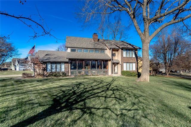 11456 Craig Street, Overland Park, KS 66210 (#2141028) :: No Borders Real Estate