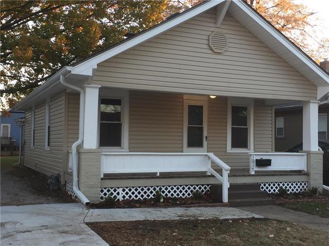 1017 E 23rd Avenue, North Kansas City, MO 64116 (#2141108) :: Dani Beyer Real Estate