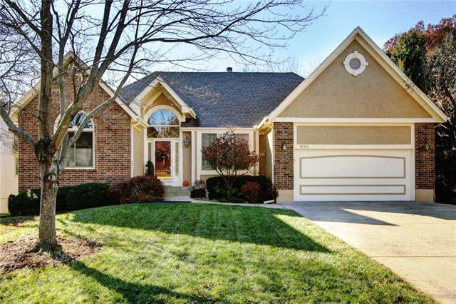 15312 Woodson Lane, Overland Park, KS 66223 (#2141156) :: No Borders Real Estate