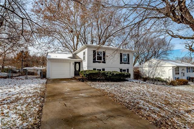 814 N Wigwam Trail, Independence, MO 64056 (#2141231) :: Team Real Estate