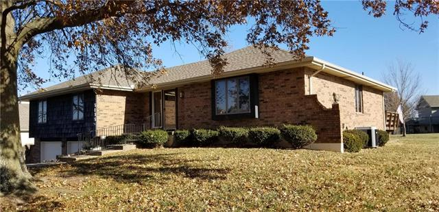 5135 SW Surf Scooter Street, Lee's Summit, MO 64082 (#2141245) :: No Borders Real Estate