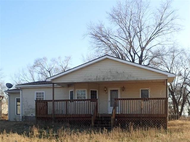 109 W Main Street, Fontana, KS 66026 (#2141258) :: Kansas City Homes