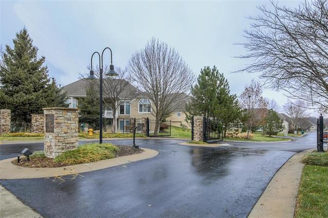 12944 Travis Street, Overland Park, KS 66209 (#2141264) :: Kedish Realty Group at Keller Williams Realty