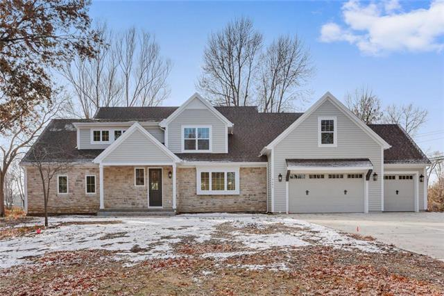 9646 Belinder Road, Leawood, KS 66206 (#2141305) :: The Shannon Lyon Group - ReeceNichols