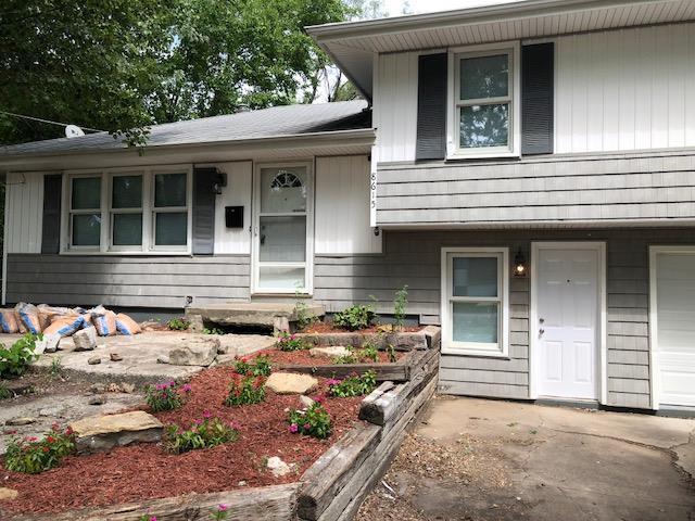 8615 Lane Avenue, Raytown, MO 64138 (#2141350) :: Team Real Estate