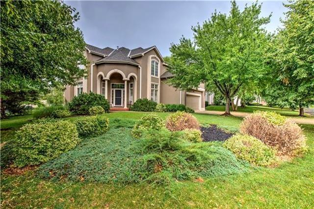 14721 Reeds Street, Overland Park, KS 66223 (#2141354) :: Team Real Estate