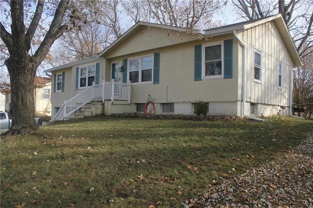 529 E 126TH Terrace, Olathe, KS 66061 (#2141399) :: No Borders Real Estate