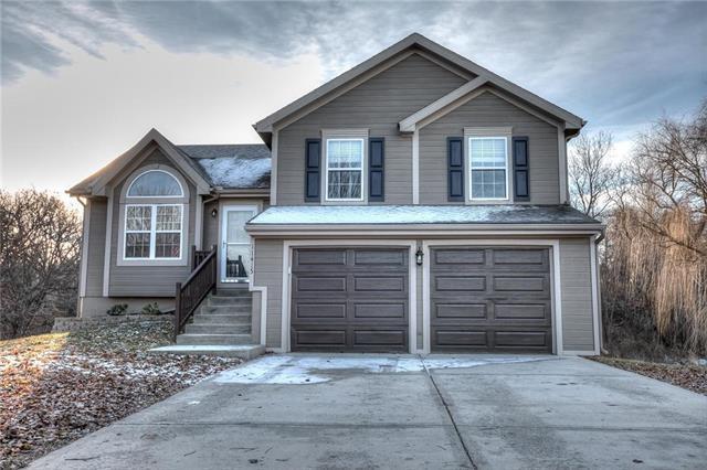11415 N Ditzler Avenue, Kansas City, MO 64157 (#2141450) :: No Borders Real Estate