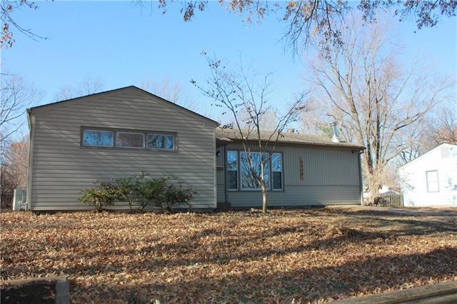 7408 Ralston Avenue, Raytown, MO 64133 (#2141452) :: No Borders Real Estate