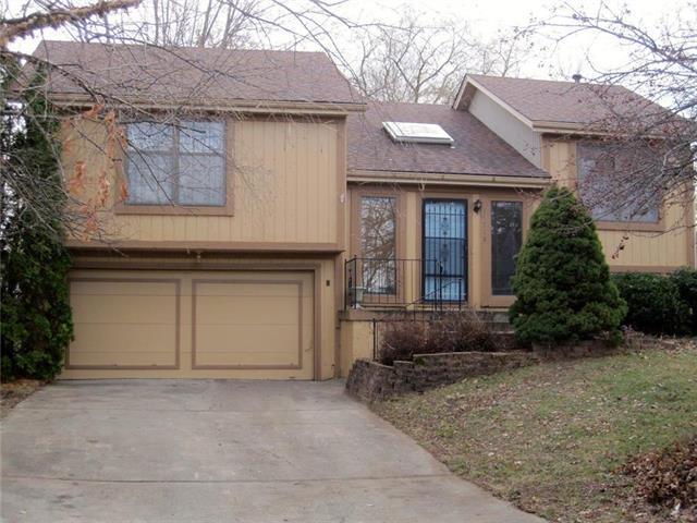 14715 W 149 Street, Olathe, KS 66062 (#2141460) :: No Borders Real Estate