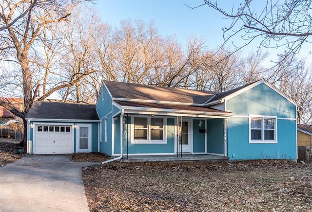175 Emerson Avenue, Bonner Springs, KS 66012 (#2141464) :: Team Real Estate