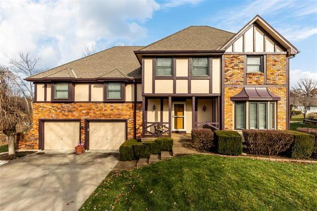608 Tam O Shanter Drive, Kansas City, MO 64145 (#2141480) :: No Borders Real Estate