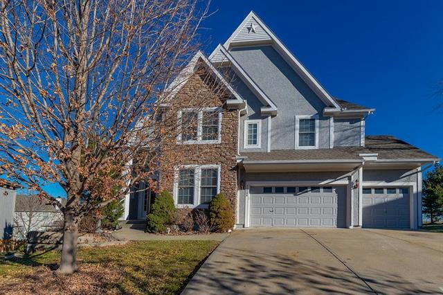 21506 W 100th Terrace, Lenexa, KS 66220 (#2141483) :: NestWork Homes