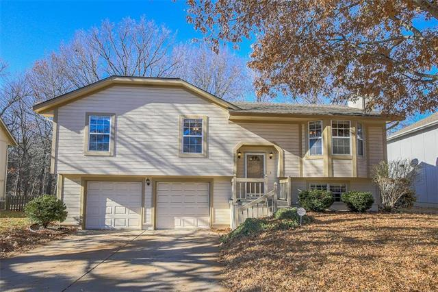 18013 E 31st Tr Drive, Independence, MO 64057 (#2141551) :: Team Real Estate