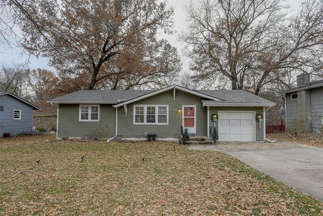 520 Belmont Street, Liberty, MO 64068 (#2141572) :: Team Real Estate