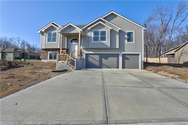 7900 N Askew Avenue, Kansas City, MO 64119 (#2141605) :: NestWork Homes