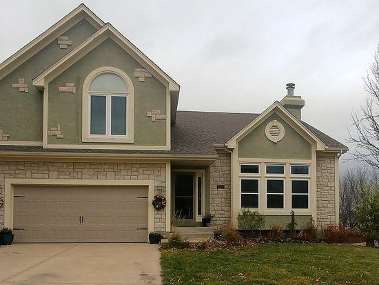 21206 W 55th Terrace, Shawnee, KS 66218 (#2141636) :: Kedish Realty Group at Keller Williams Realty