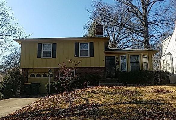 5232 Maple Avenue, Mission, KS 66202 (#2141638) :: Team Real Estate