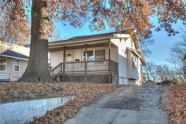 2541 Quincy Street, Kansas City, MO 64127 (#2141667) :: Kansas City Homes