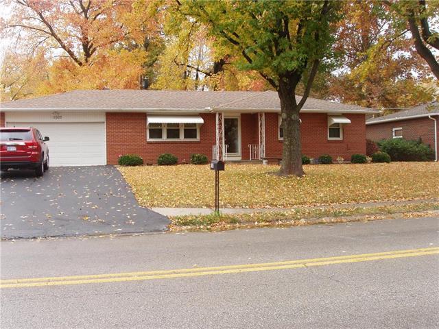 1503 N 64 Terrace, Kansas City, KS 66102 (#2141670) :: NestWork Homes