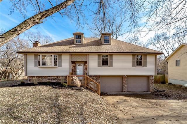 705 Linda Lane, Bonner Springs, KS 66012 (#2141672) :: Team Real Estate