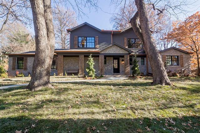 9435 Belinder Road, Leawood, KS 66206 (#2141684) :: The Shannon Lyon Group - ReeceNichols