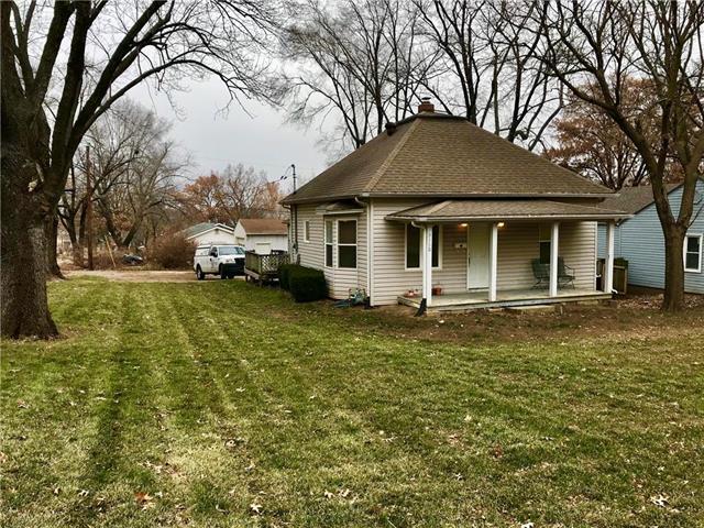 5350 Clark Avenue, Kansas City, KS 66106 (#2141711) :: NestWork Homes