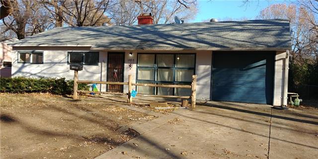 10813 Newton Avenue, Kansas City, MO 64134 (#2141729) :: Team Real Estate