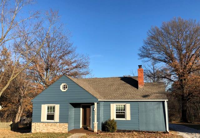 4435 NE Antioch Road, Kansas City, MO 64117 (#2141730) :: Team Real Estate