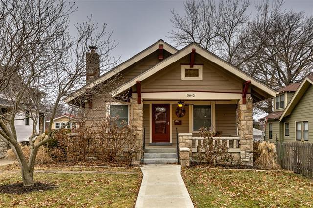 5642 Harrison Street, Kansas City, MO 64110 (#2141747) :: Team Real Estate