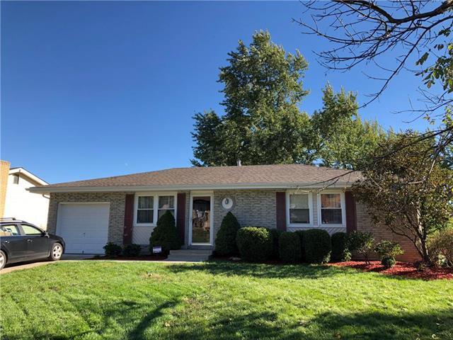 5211 NE 57th Street, Kansas City, MO 64119 (#2141752) :: Team Real Estate