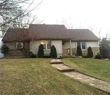 915 SW 19th Street, Blue Springs, MO 64015 (#2141776) :: No Borders Real Estate