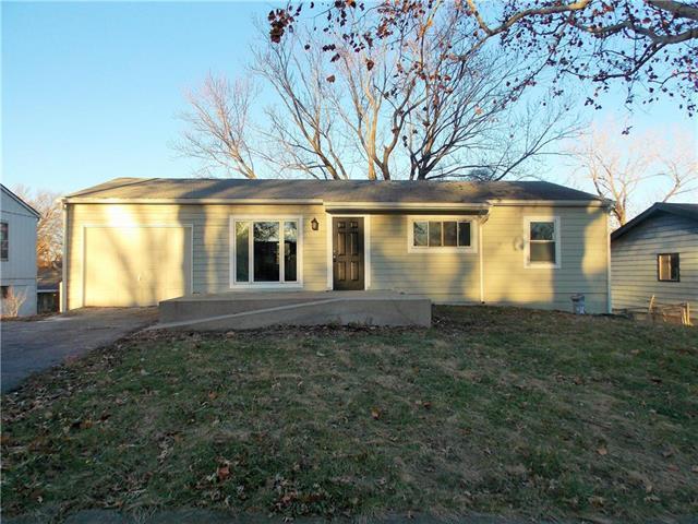8532 Barnett Avenue, Kansas City, KS 66112 (#2141786) :: NestWork Homes