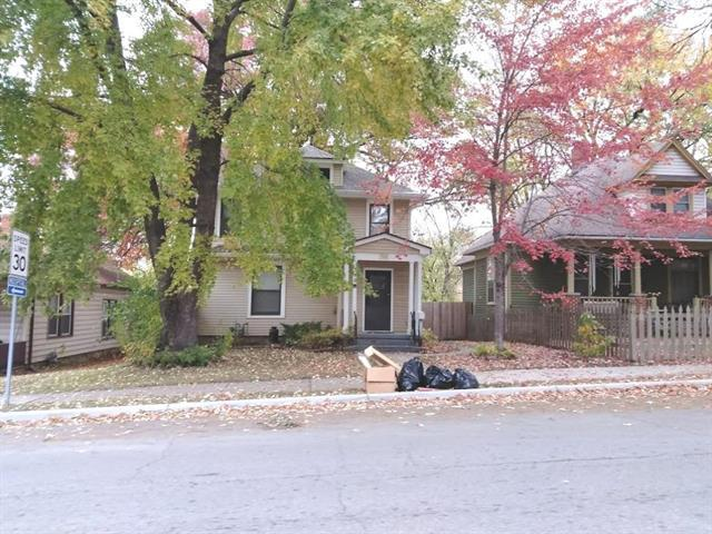 726 Spruce Street, Leavenworth, KS 66048 (#2141822) :: NestWork Homes