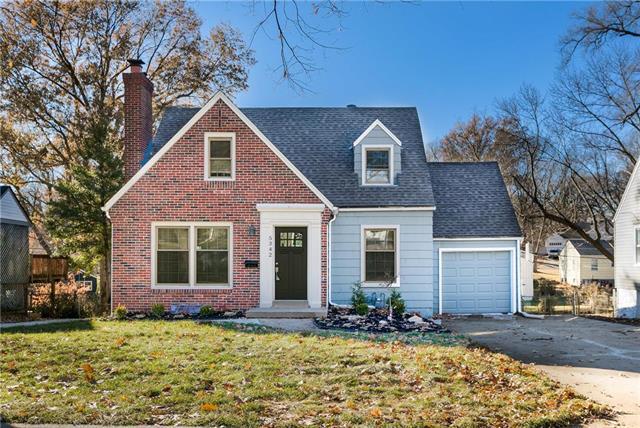 5342 Clark Drive, Roeland Park, KS 66205 (#2141870) :: Team Real Estate