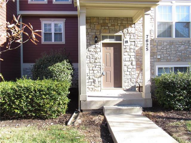 7625 W 158th Street, Overland Park, KS 66223 (#2141884) :: No Borders Real Estate