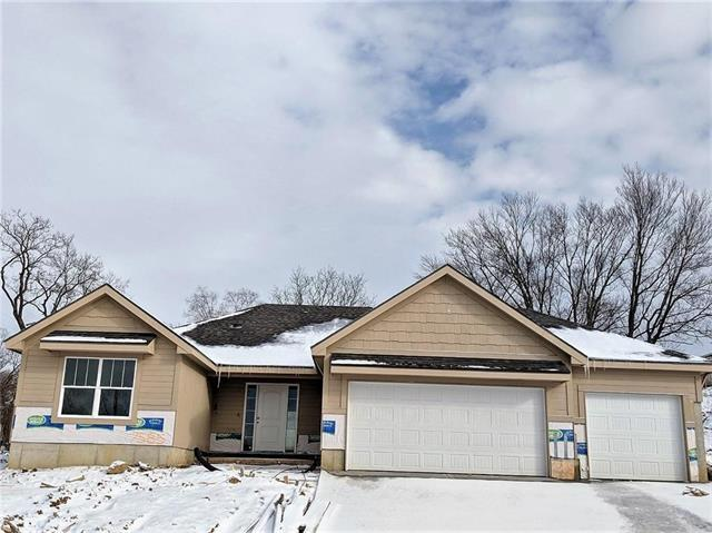 7585 NW Damon Drive, Parkville, MO 64152 (#2141899) :: No Borders Real Estate