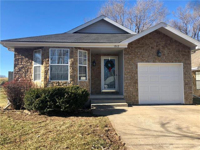 1912 S Vista Court, Independence, MO 64057 (#2141900) :: No Borders Real Estate
