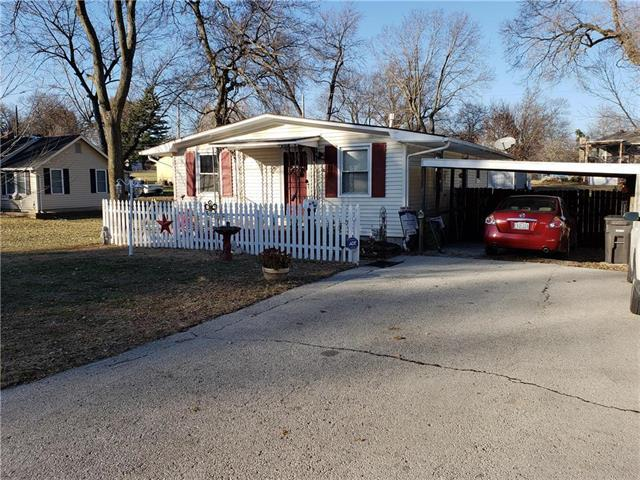 816 E Gudgell Avenue, Independence, MO 64055 (#2141924) :: No Borders Real Estate