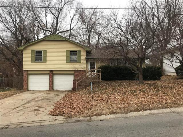 12824 E 51 St S N/A, Independence, MO 64055 (#2142057) :: Edie Waters Network