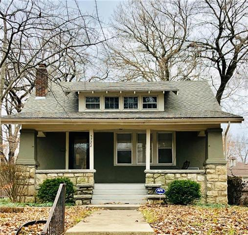5722 Harrison Street, Kansas City, MO 64110 (#2142245) :: Edie Waters Network