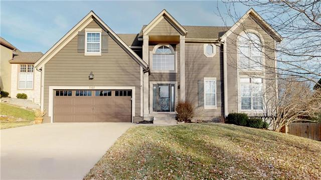 5307 Hallet Street, Shawnee, KS 66216 (#2142292) :: Edie Waters Network
