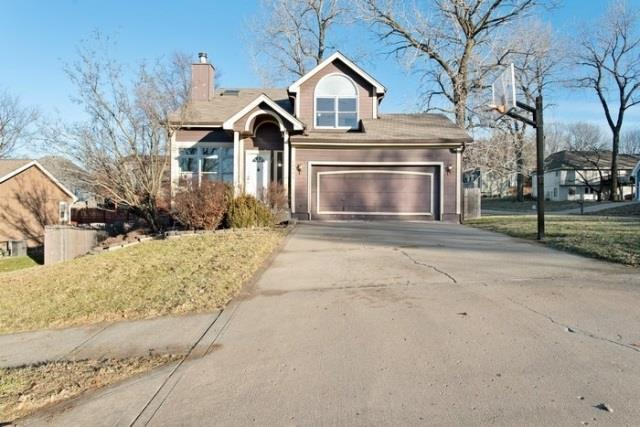 10002 NW 86th Terrace, Kansas City, MO 64153 (#2142532) :: Dani Beyer Real Estate