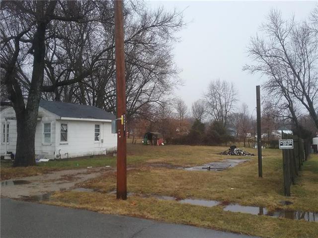 110 W 2nd Street, Garden City, MO 64747 (#2142689) :: The Gunselman Team