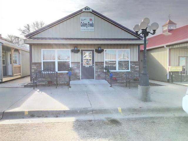 212 E Broad Street, Colony, KS 66015 (#2142700) :: Edie Waters Network